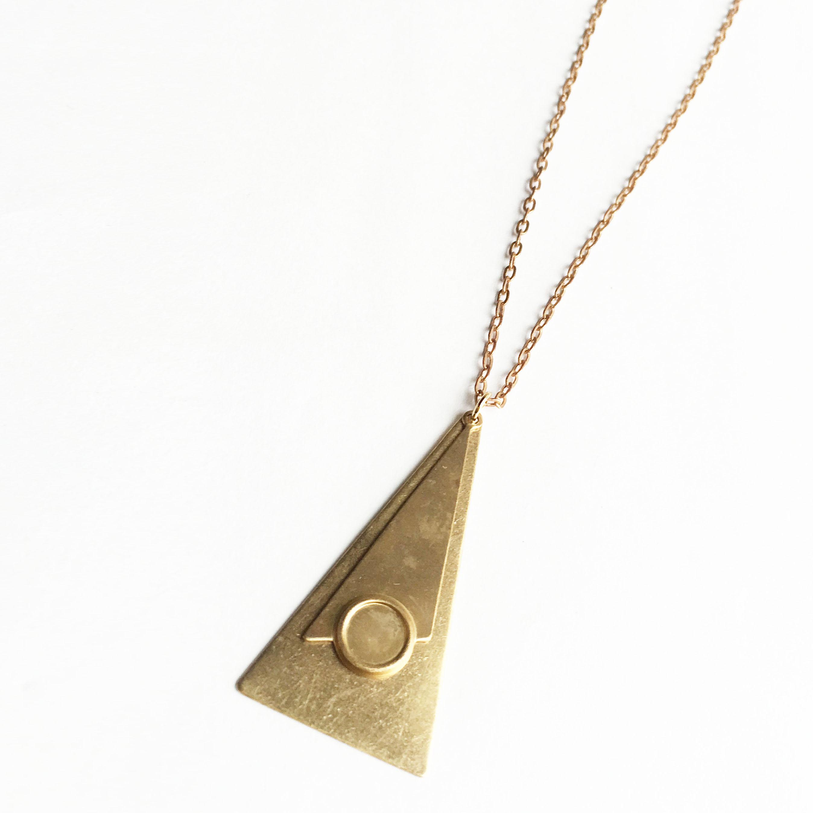 ビンテージチャームのペンダント・W Triangle NC-014