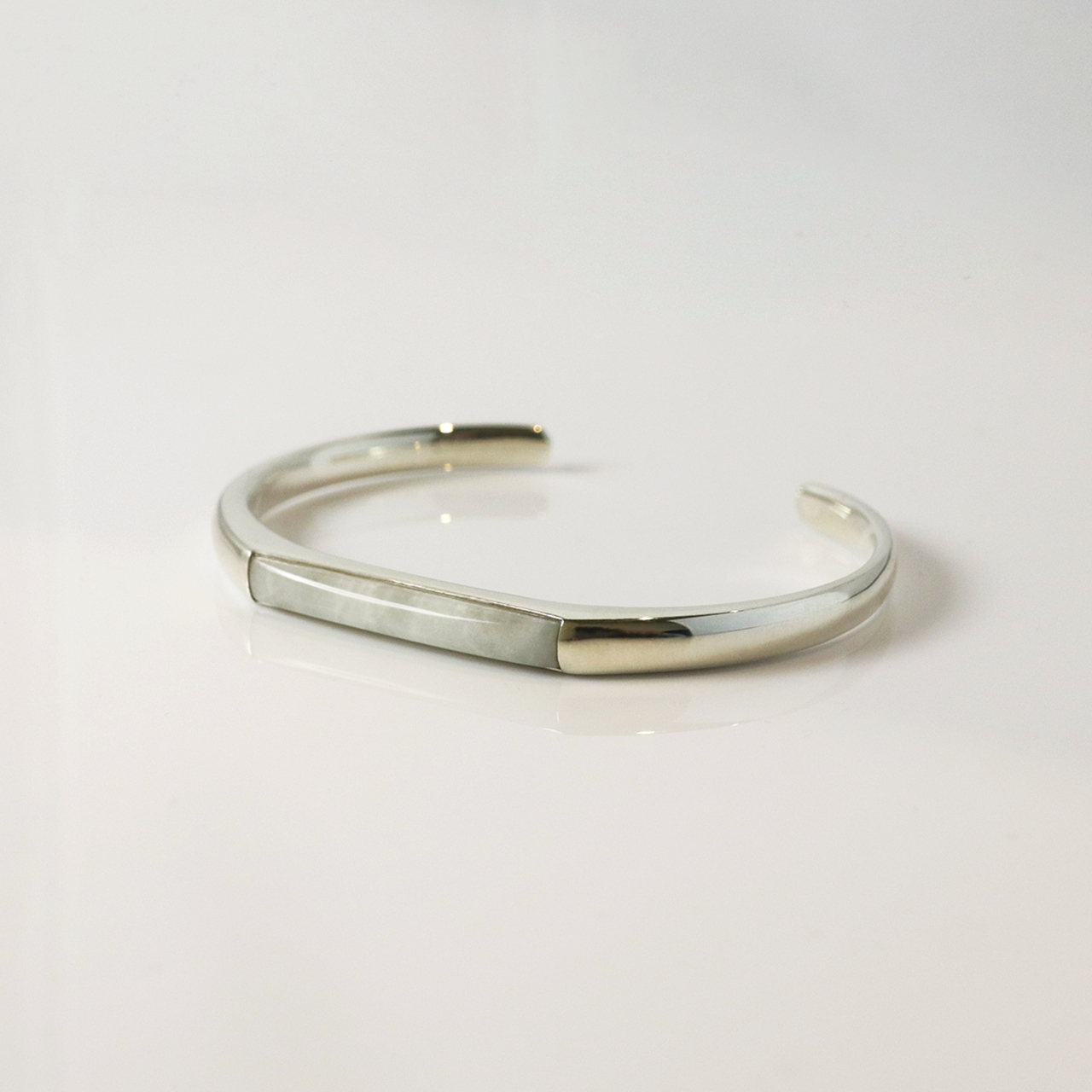 HISUI 'SHIKAKU'  / Bracelet (White)