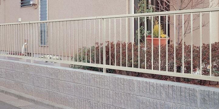 化粧ブロック3段+フェンス(LIXIL ハイサモアH600)広告掲載商品!