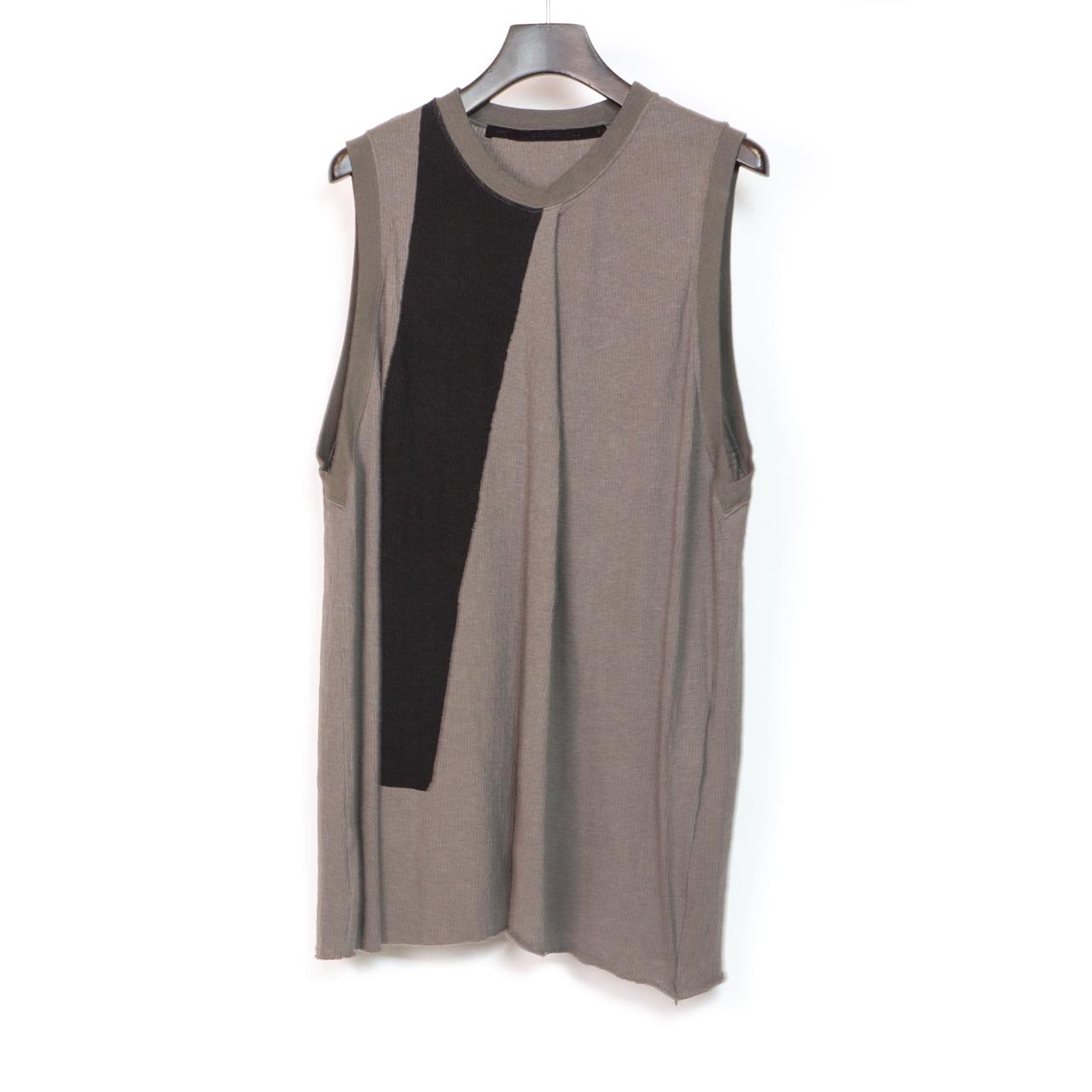 697CUM8-P-GRAY / フロントドレープノースリーブシャツ