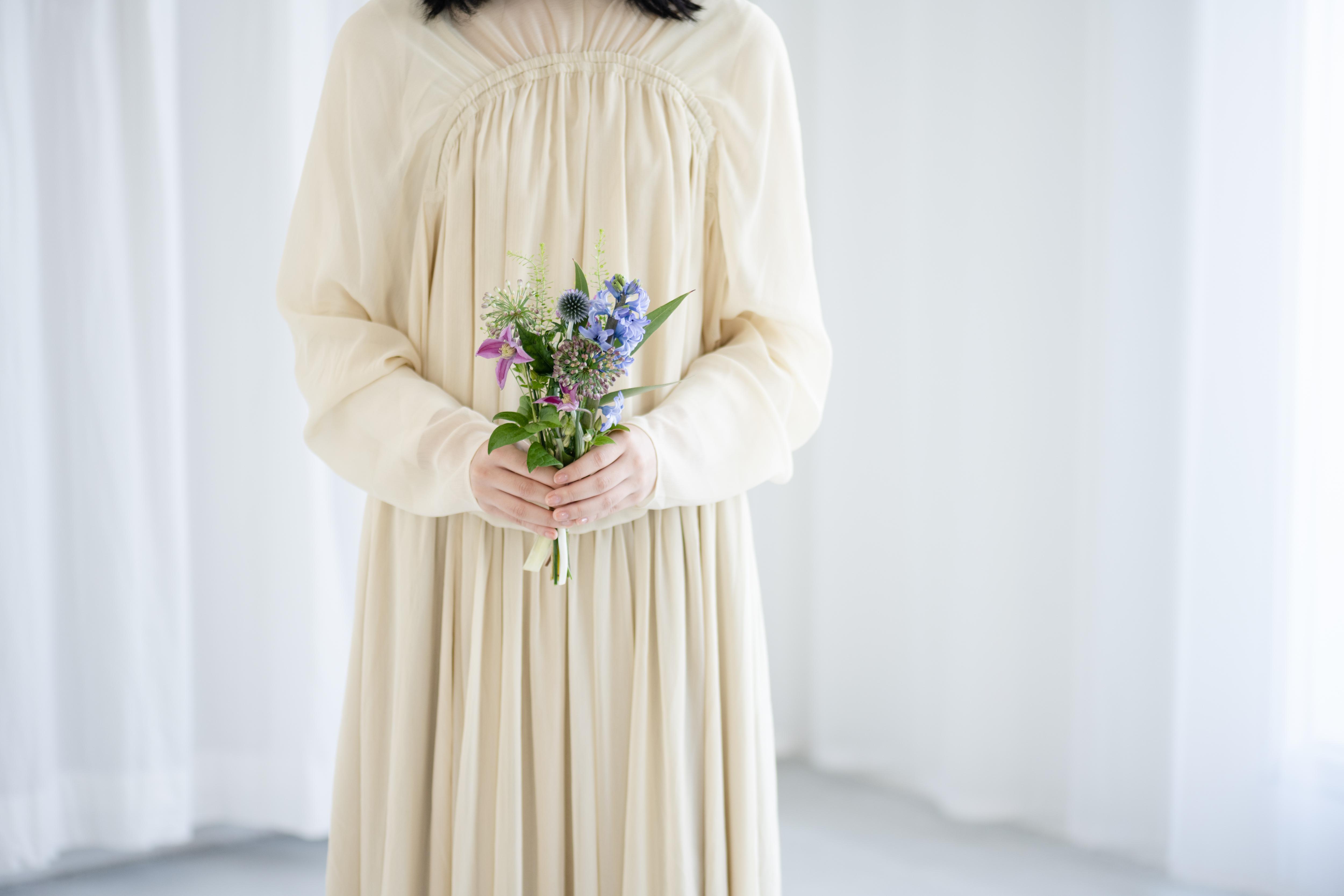 小さな季節の花束 blue