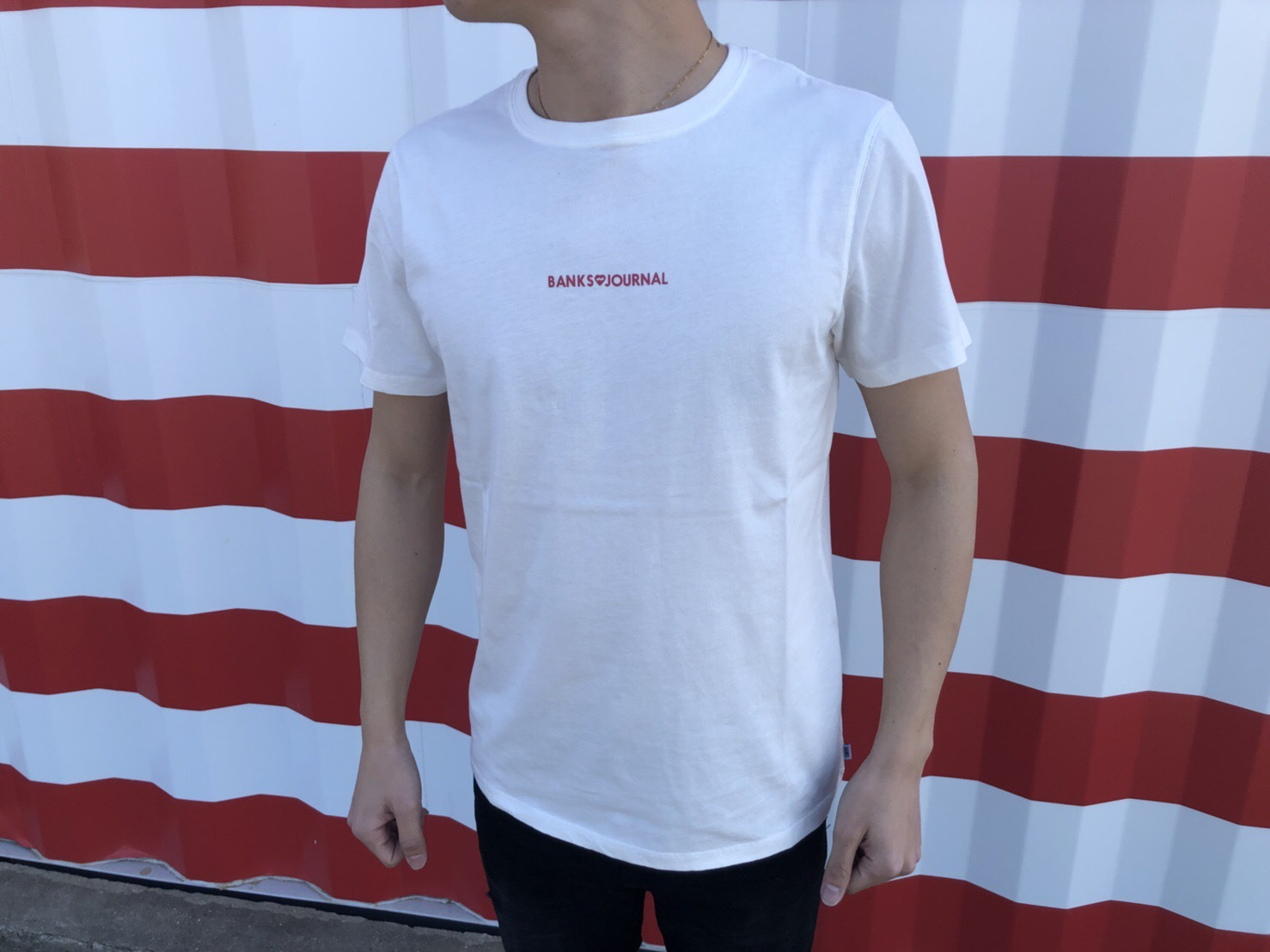 EXCLUSIVE Tシャツ (off-white)