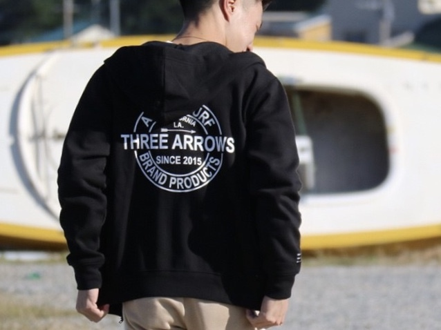 THREEARROWS BP ZIPパーカー (black)