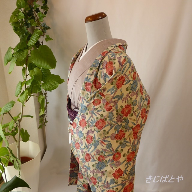 正絹 白地に花鳥の羽織