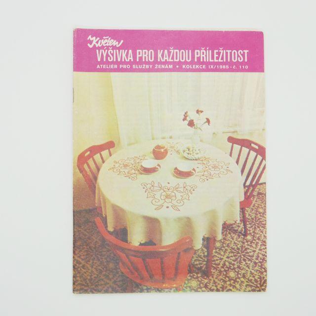 チェコの雑誌「Kveten」vol.110 すべての機会のための刺繍