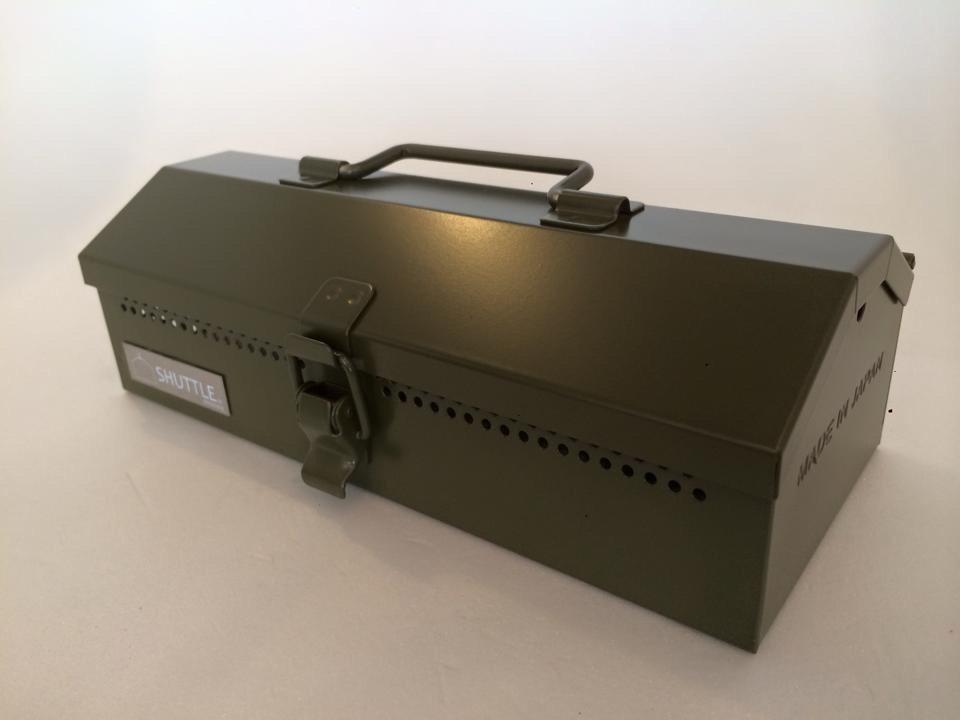 【アンドオン三条ベースオリジナル商品】|SHUTTLE HANDY JUKE BOX OD色|中村精工株式会社|iphone5、iphone6、iphone6plus 対応の無電源スピーカー&ツールボックス