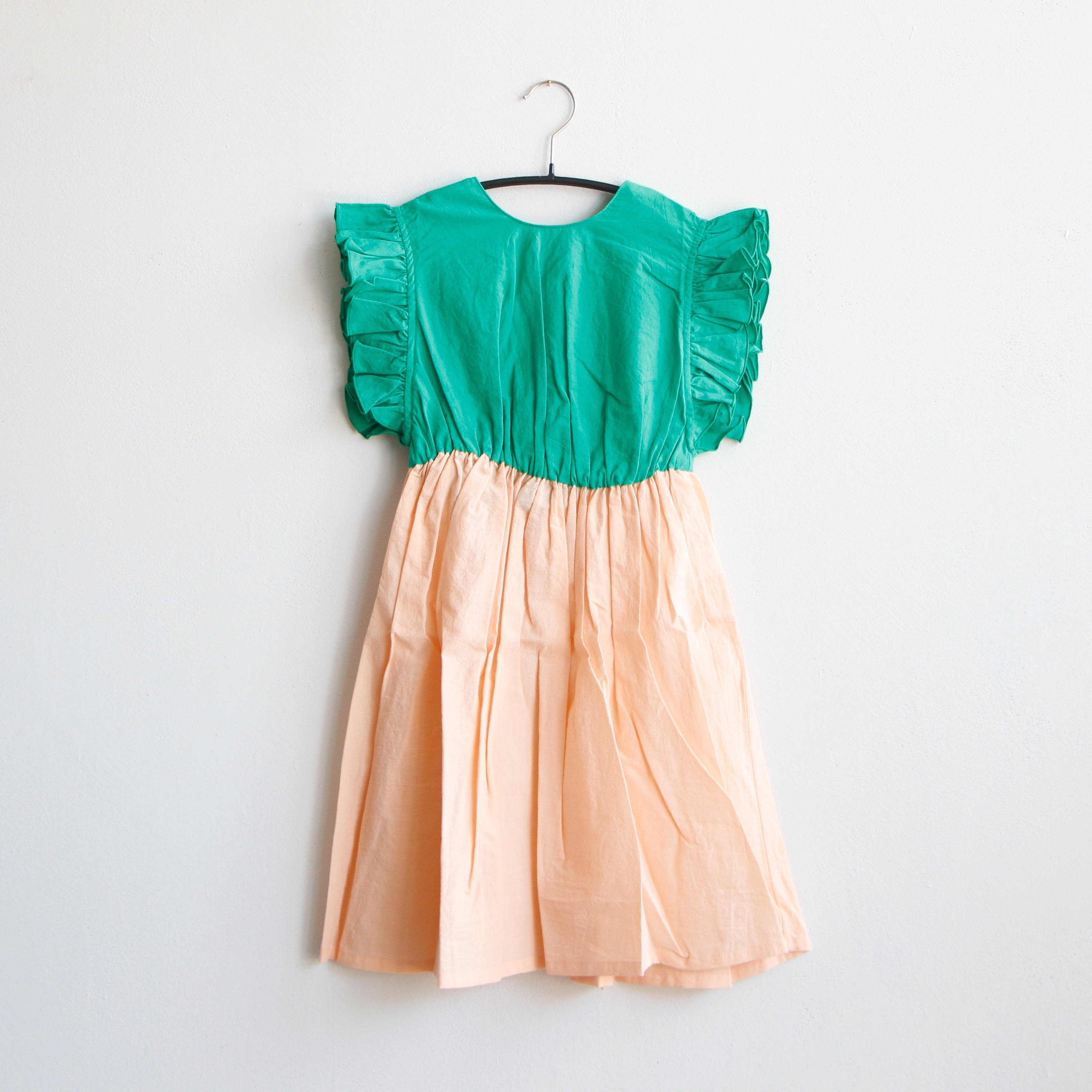 《frankygrow 2020SS》BACK SHAN FRILL DRESS DYED / green × pink / S・M・L