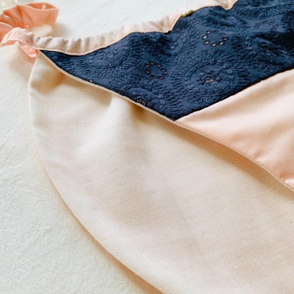 フンティ刺繍レース ダークグレー×ベビーピンク