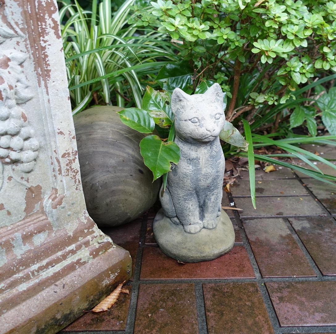 猫のガーデンストーン 1