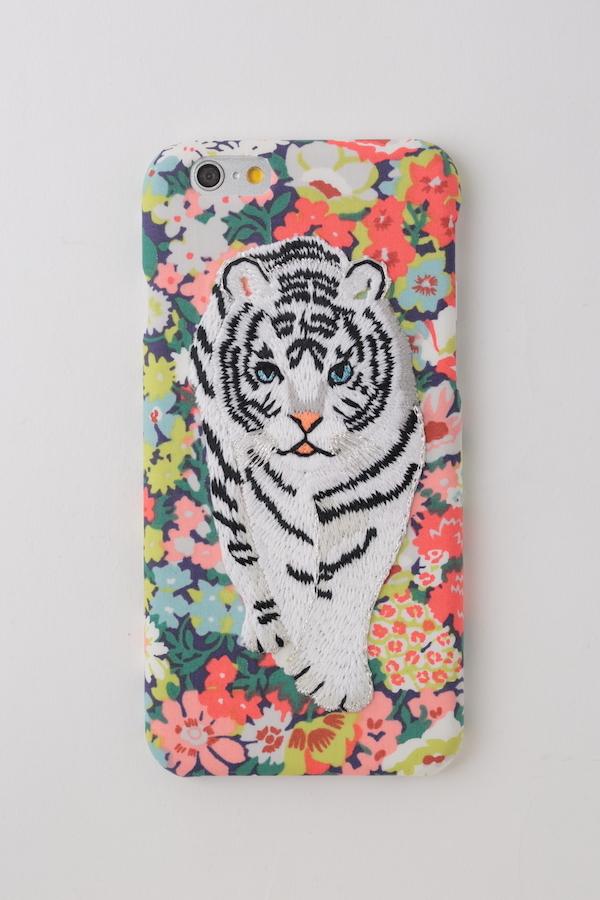 【iPhone6/6S専用】刺繍iPhone6/6sケース ホワイトタイガー【RED】