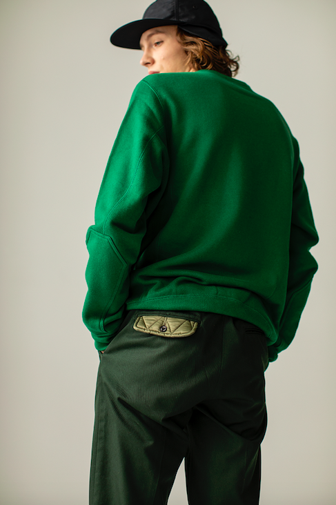 ELBOW PATCH SWEAT SHIRTS ( GREEN )