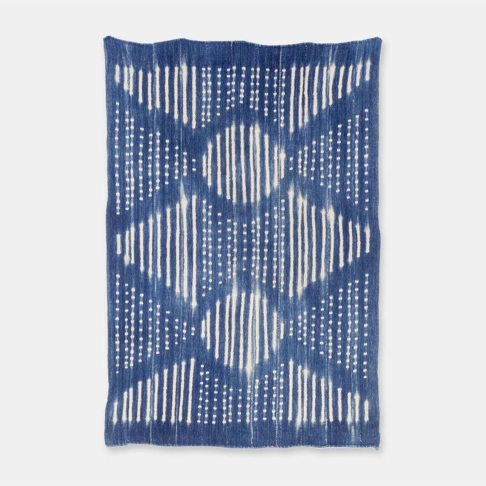 ブルキナファソ モシ族 ヴィンテージの藍染め布 絞り SLI013
