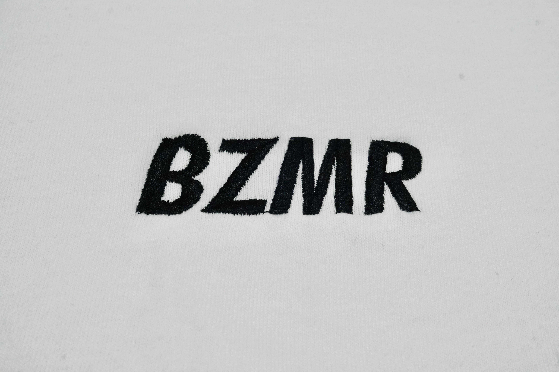 BZMRシンプル刺繍Tee (ホワイト) - 画像2