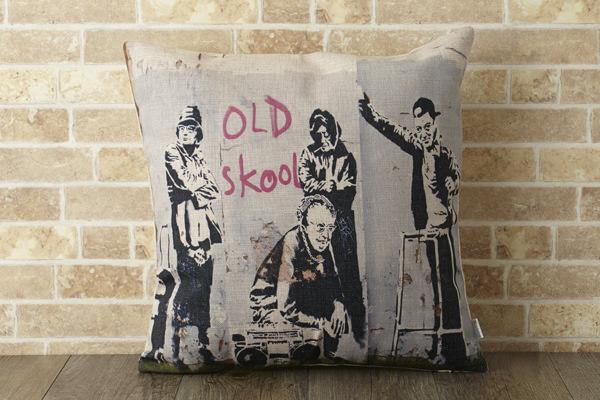 バンクシー Banksy クッションカバー オールドスクール