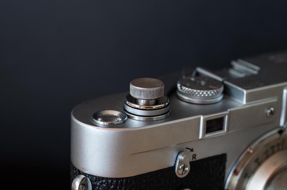 真鍮のレリーズボタン L シルバー