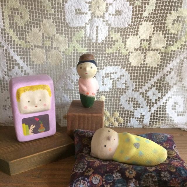 ラッコの赤ちゃん(粘土細工 人形 置物 オブジェ)