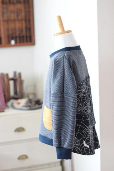 【110】サーカスプルオーバー*後ろ布帛Tシャツ スパイダー