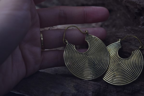 真鍮ピアス -渦- 【India】