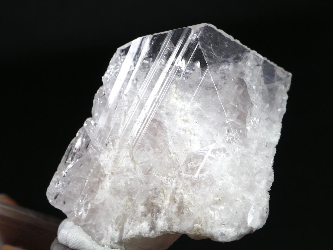 ピンクダンブライド ダンビュライト ダンブリ石 43,4g DB016 鉱物 原石 天然石 パワーストーン