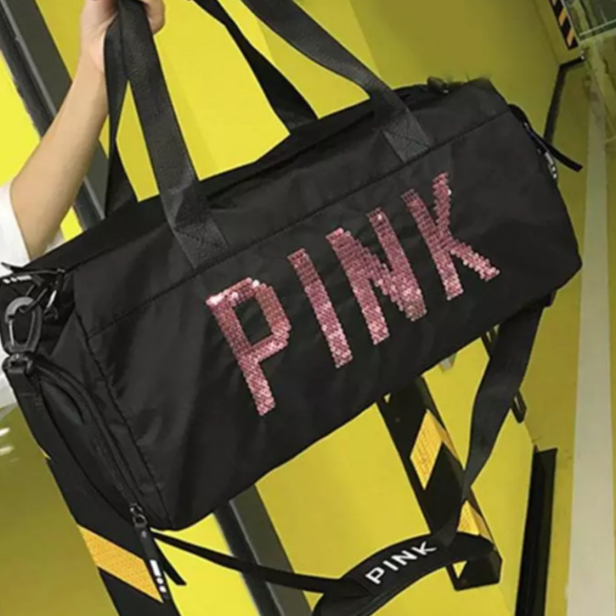 PINKスパンコールロゴナイロンスポーツバッグ/鞄/2色展開/2019AW