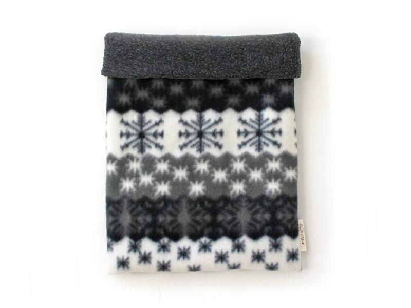 ハリネズミ用寝袋 L(冬用) フリース×フリース 雪の結晶 グレー