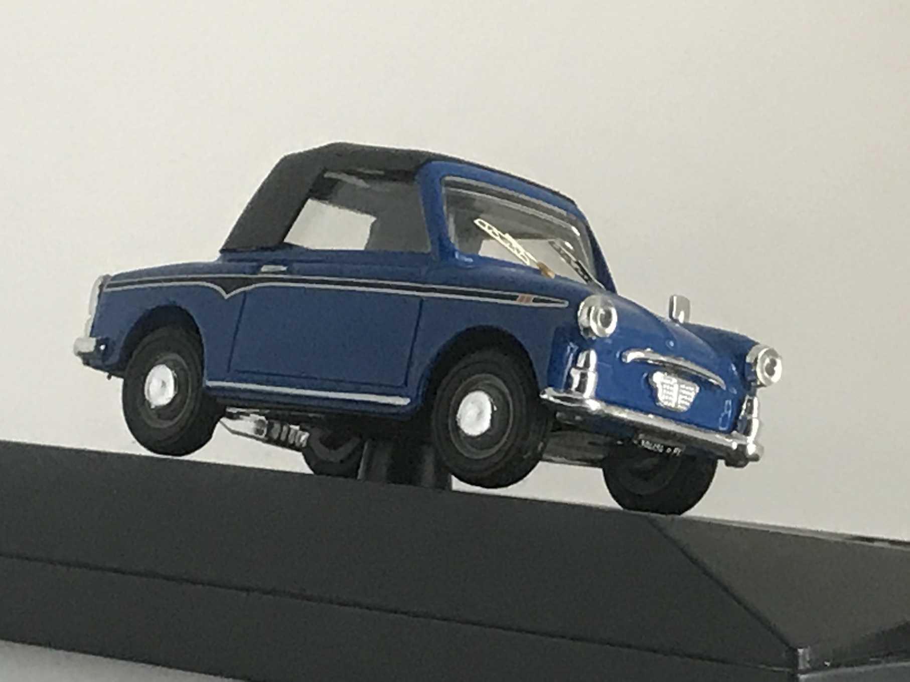 AUTOBIANCHI BIANCHINA CONVERTIBILE SOFT TOP 1957 【1/43】【PROGETTOK、MADE IN ITALY】