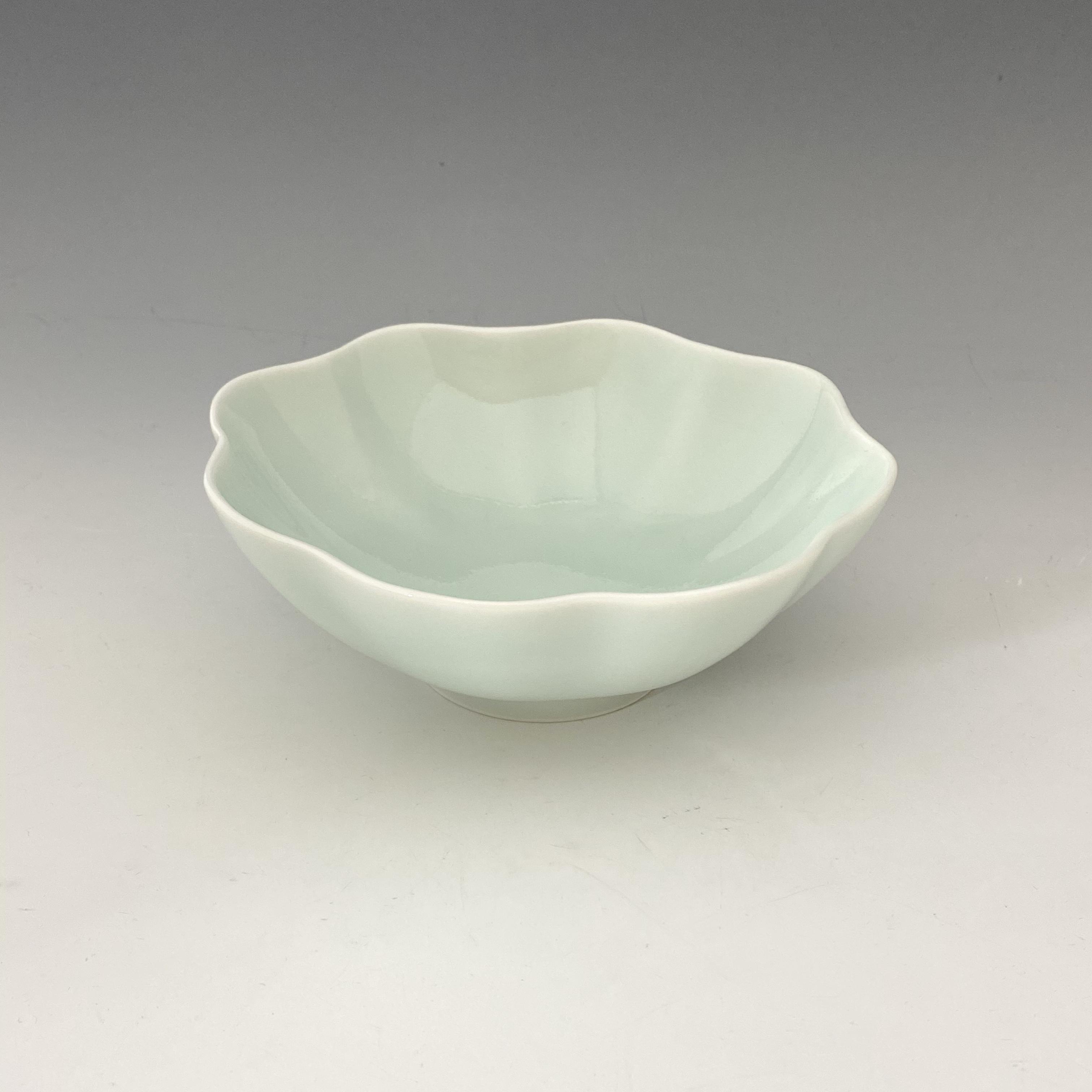 【中尾純】青白磁輪花鉢