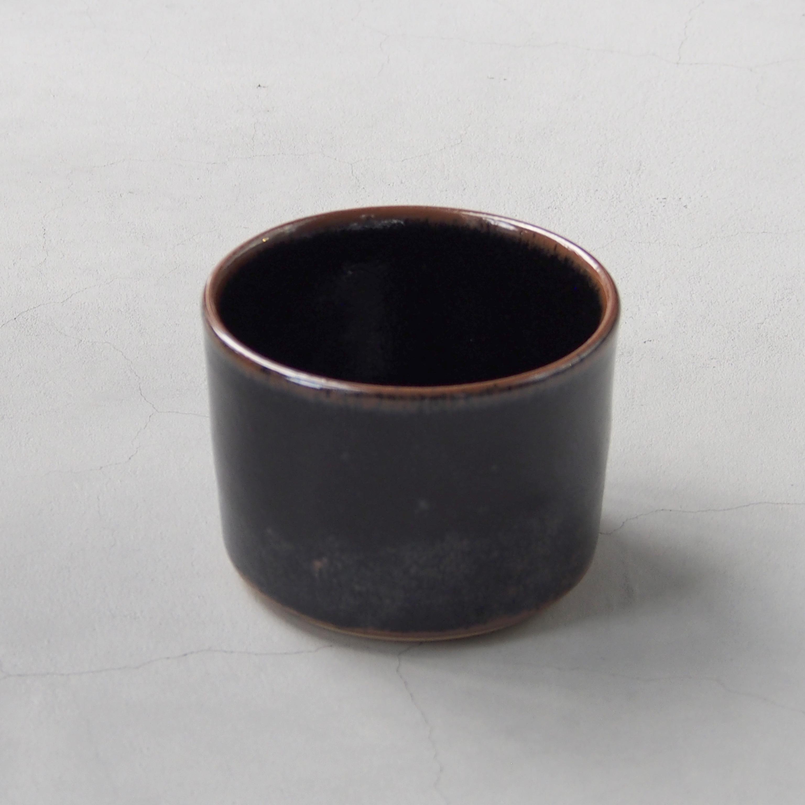 出西窯 深切立鉢4寸 黒