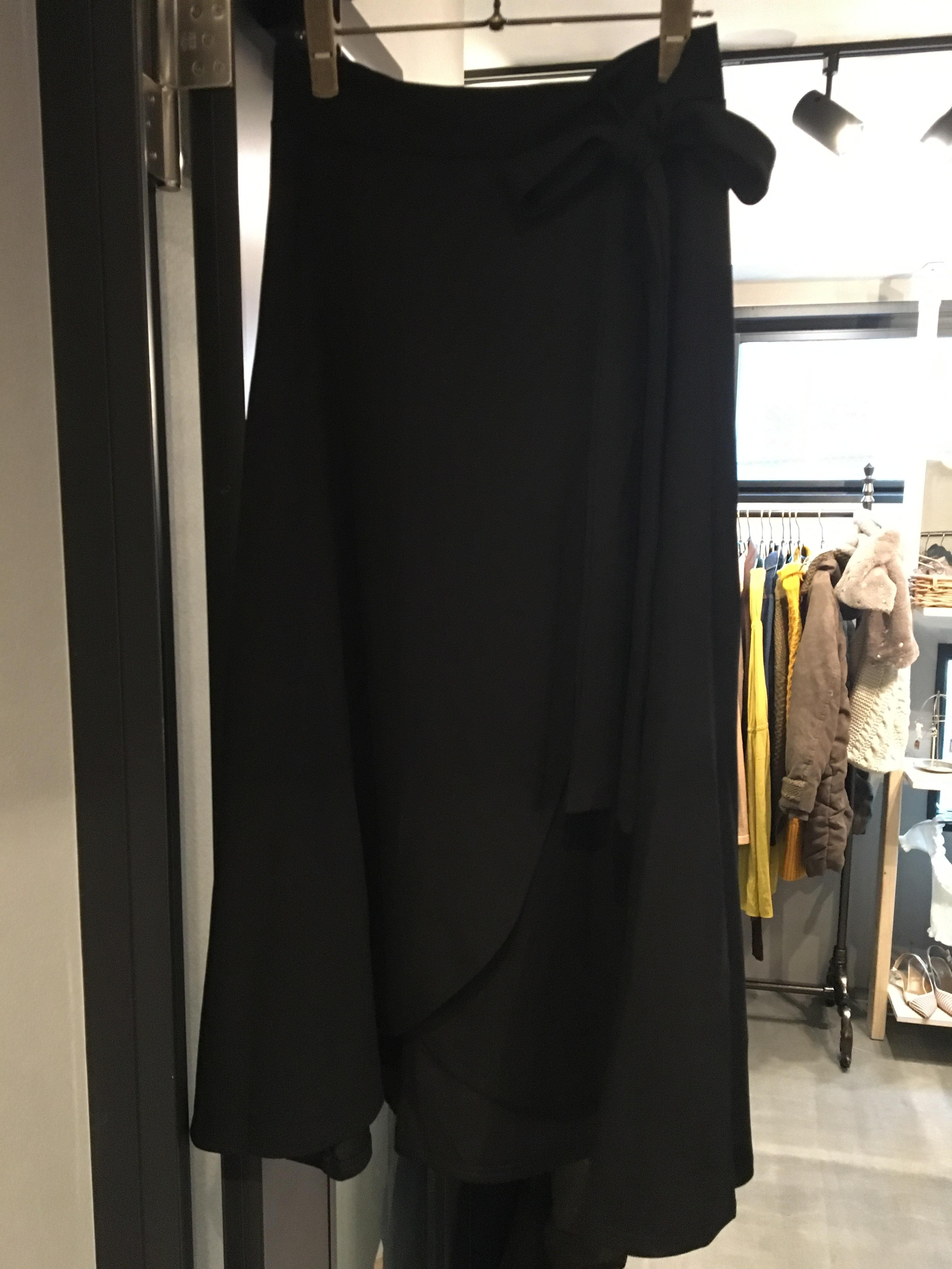 ロングフレアスカート(ブラック)