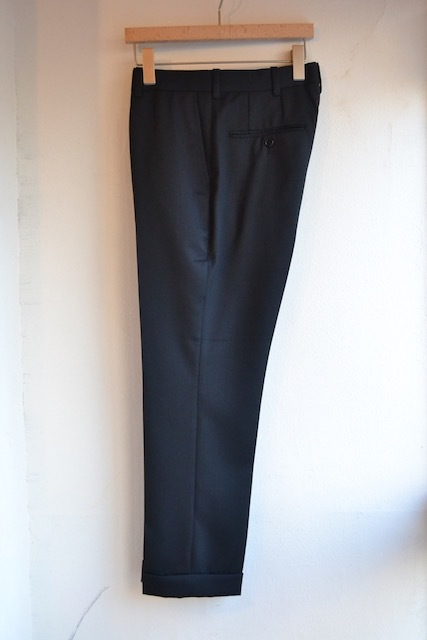 Riprap / NO TUCK SLACKS