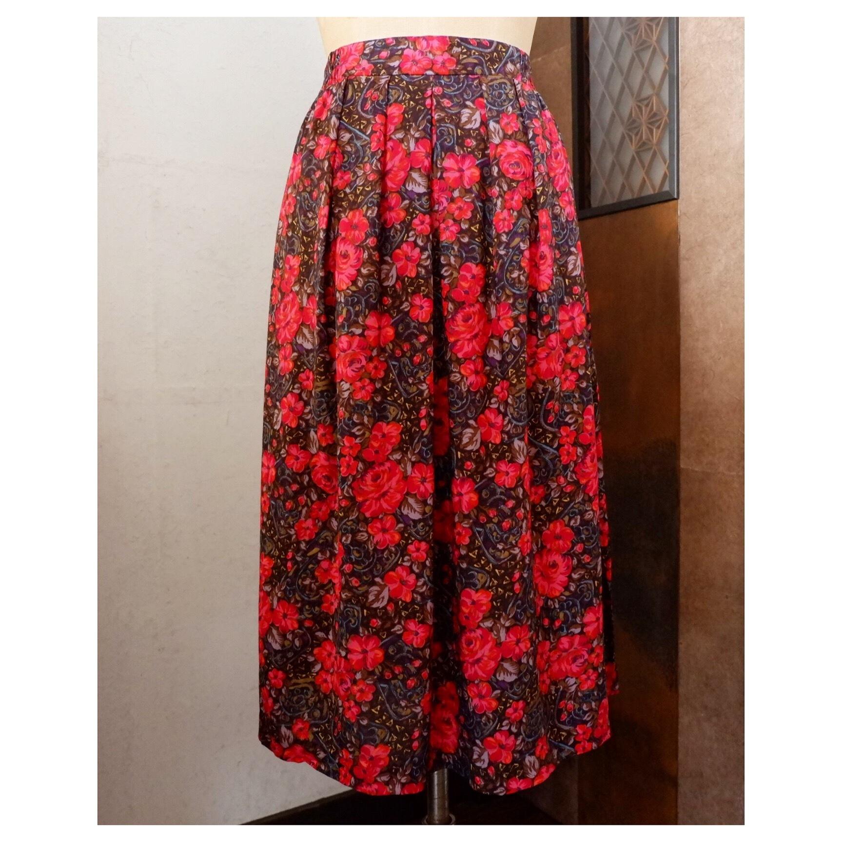 アメリカ古着 USA製 花柄 レーヨンスカート