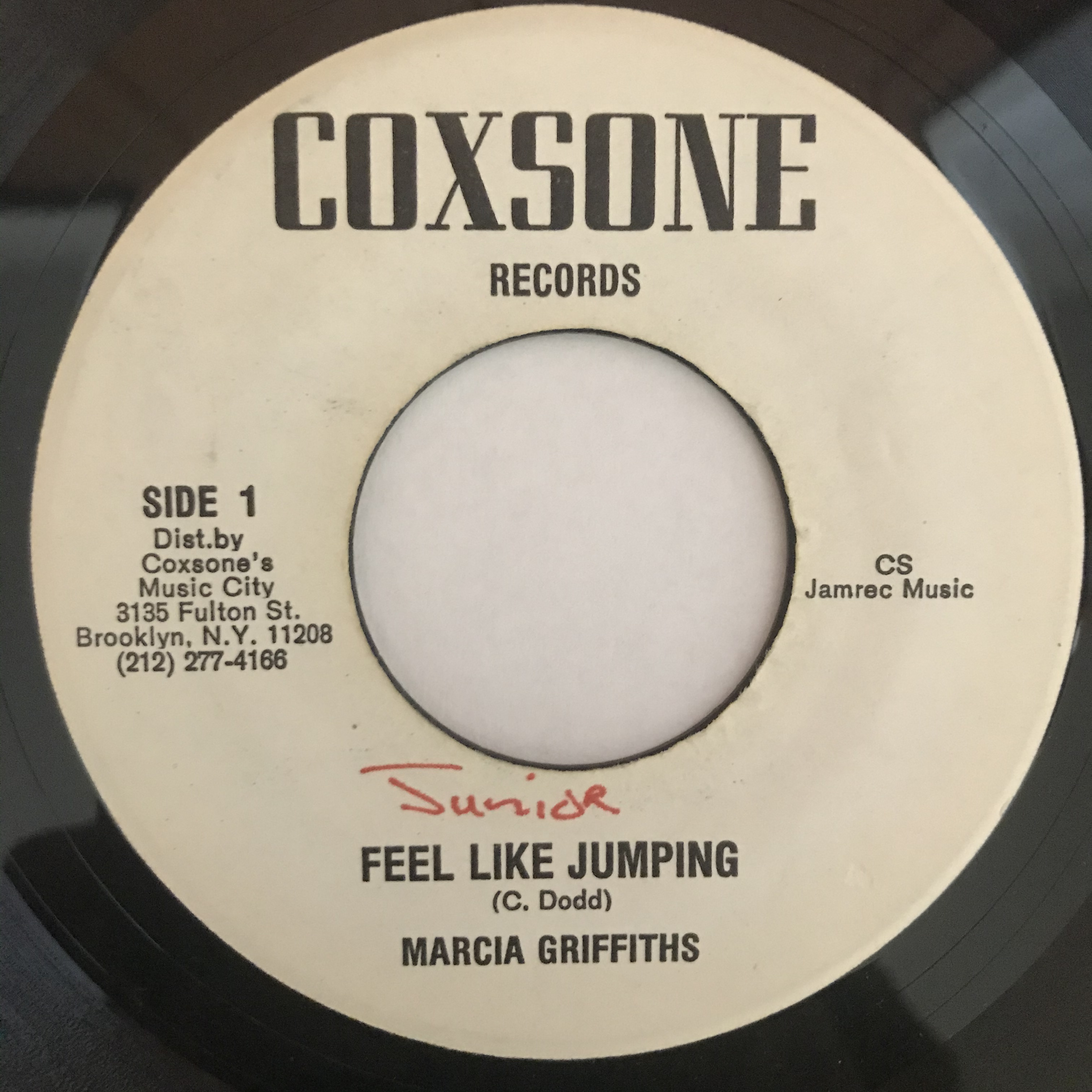 Marcia Griffiths - Feel Like Jumping【7-10871】