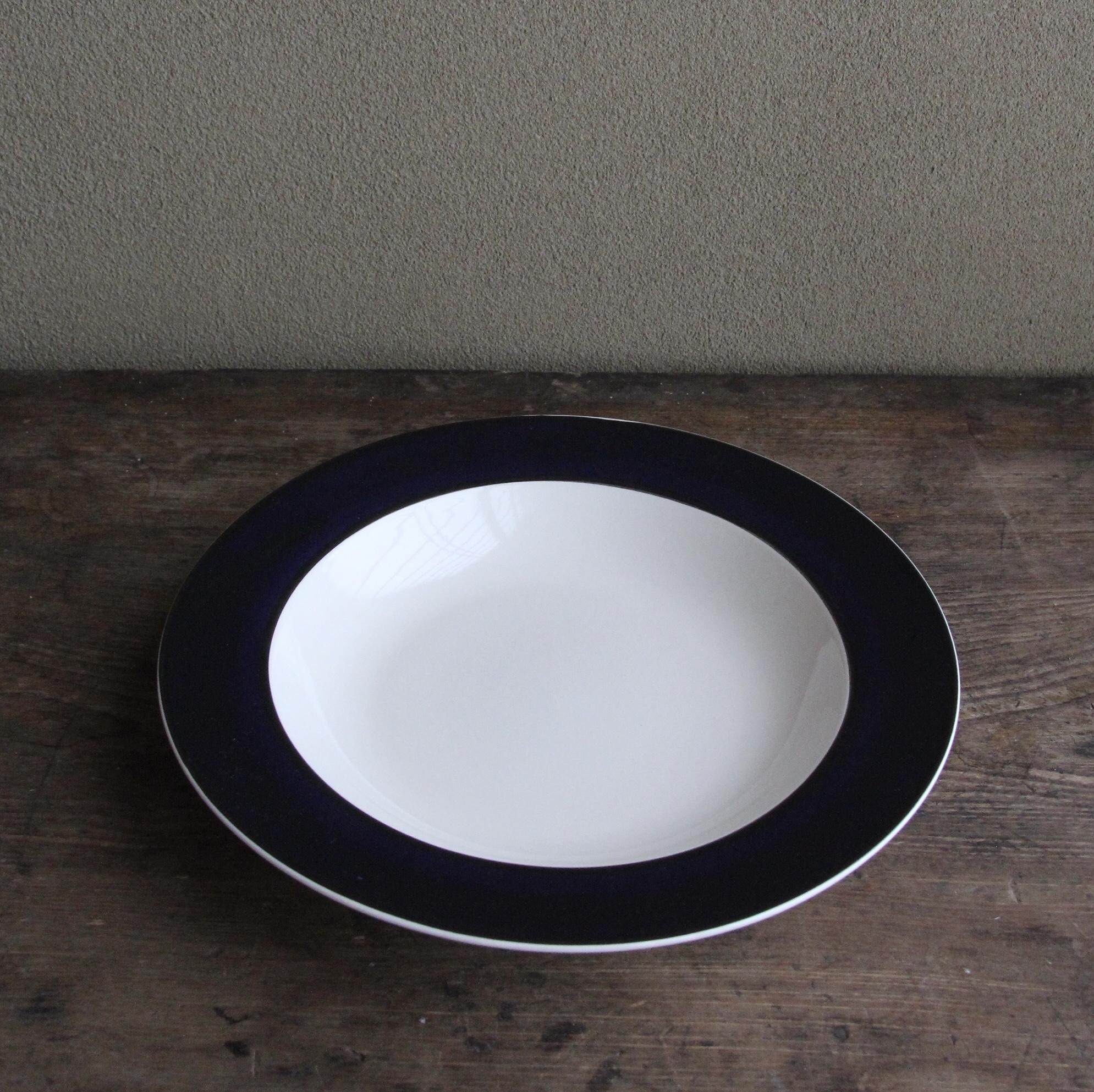 whole homeの濃紺色ストーンウェアスープ皿 在庫4枚