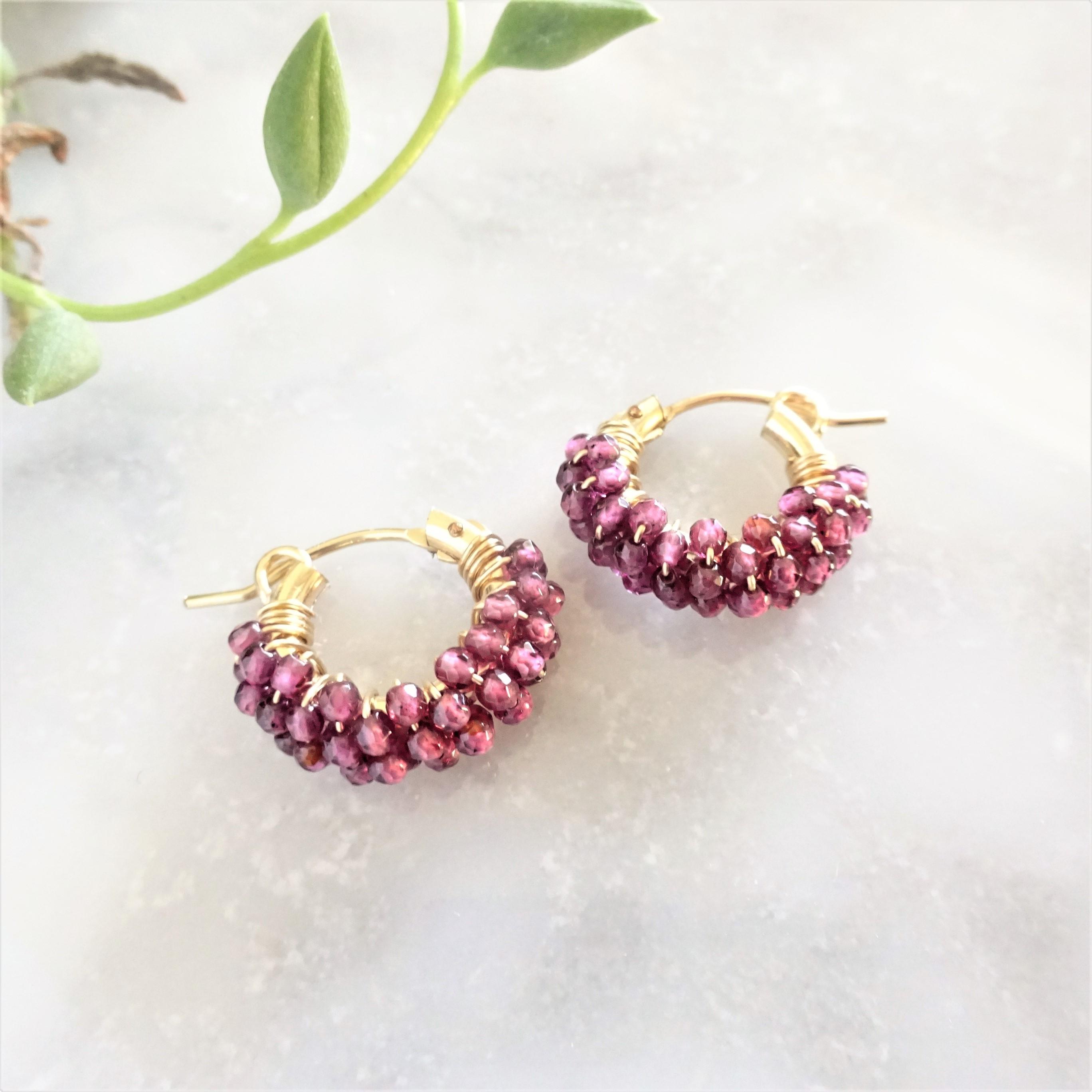 送料無料14kgf*AAA Garnet pavé earring / pierced earring