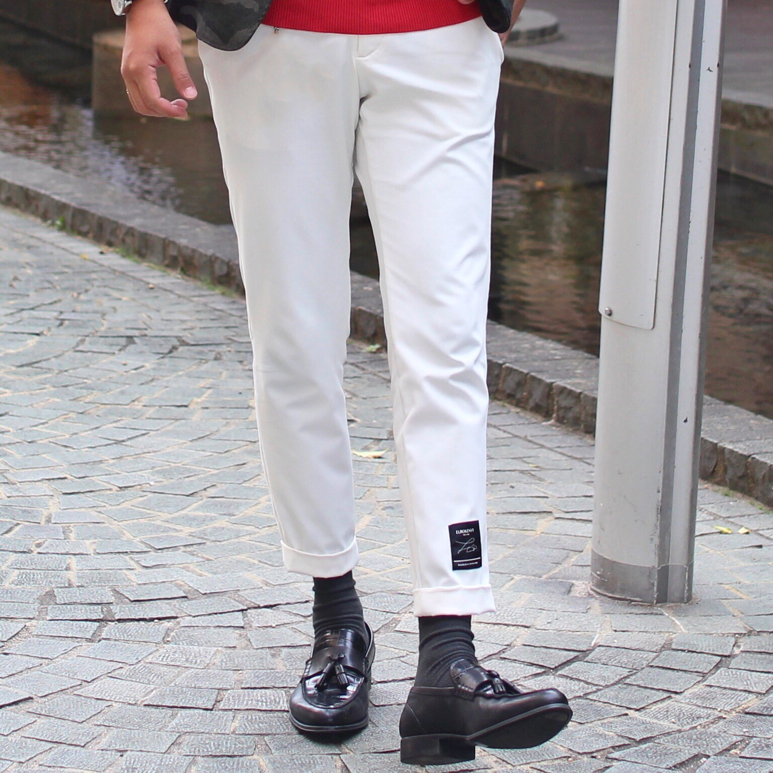 Premium stretch slacks WHITE (プレミアムストレッチスラックス)