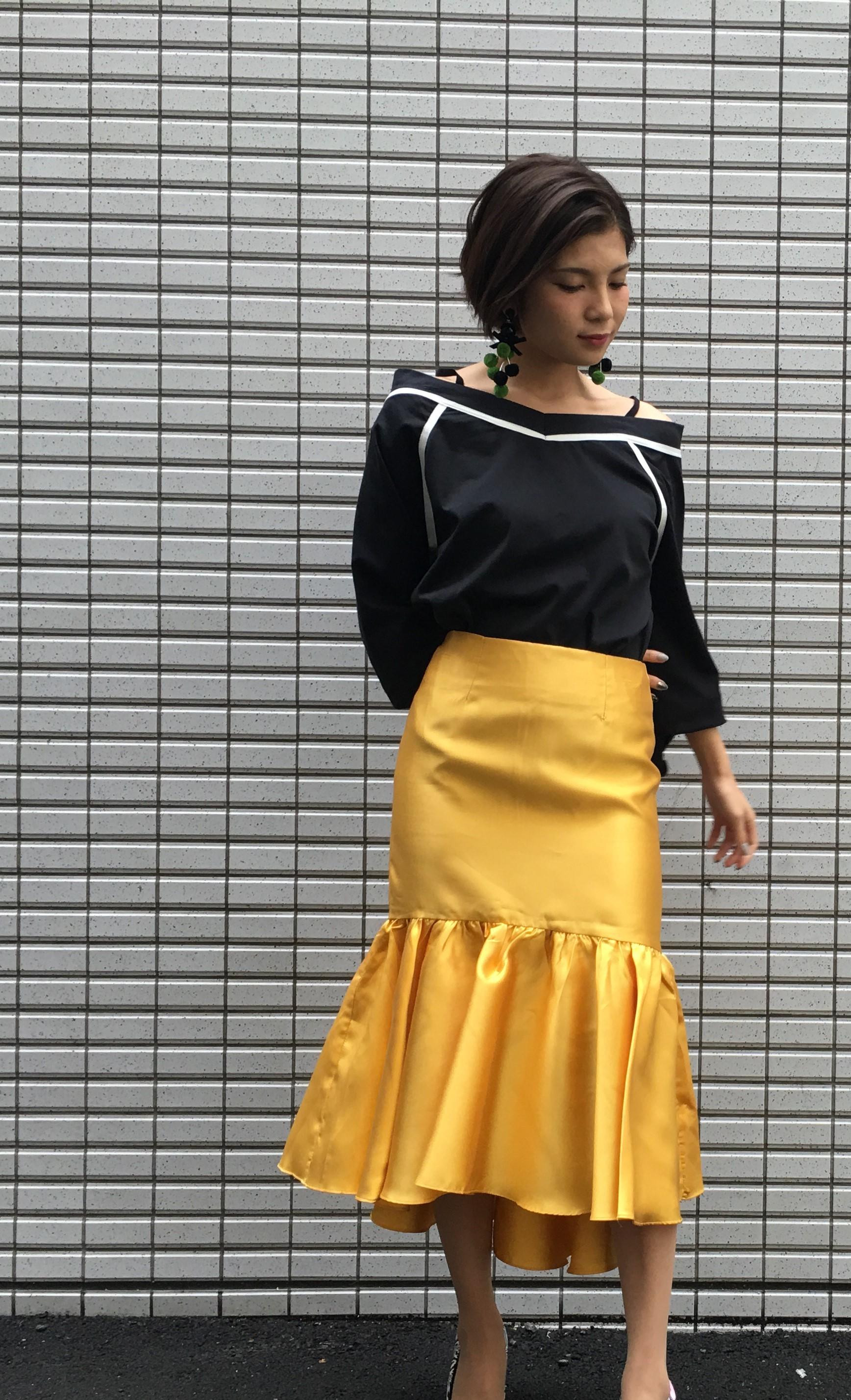 イエローサテンスカート 1-186