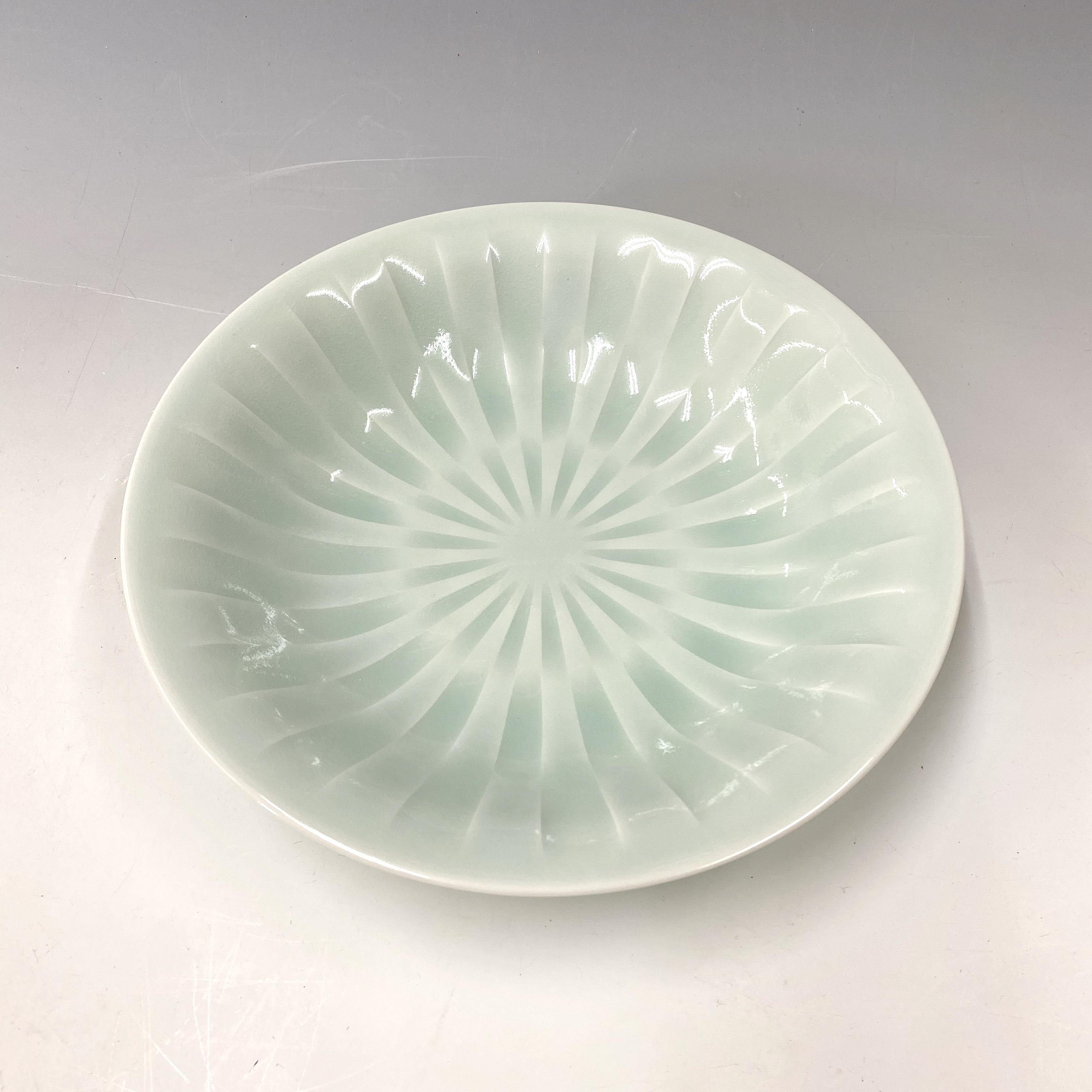 【中尾純】青白磁線彫鉢