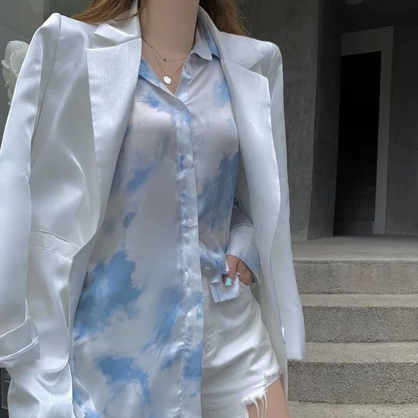 marble color shirt