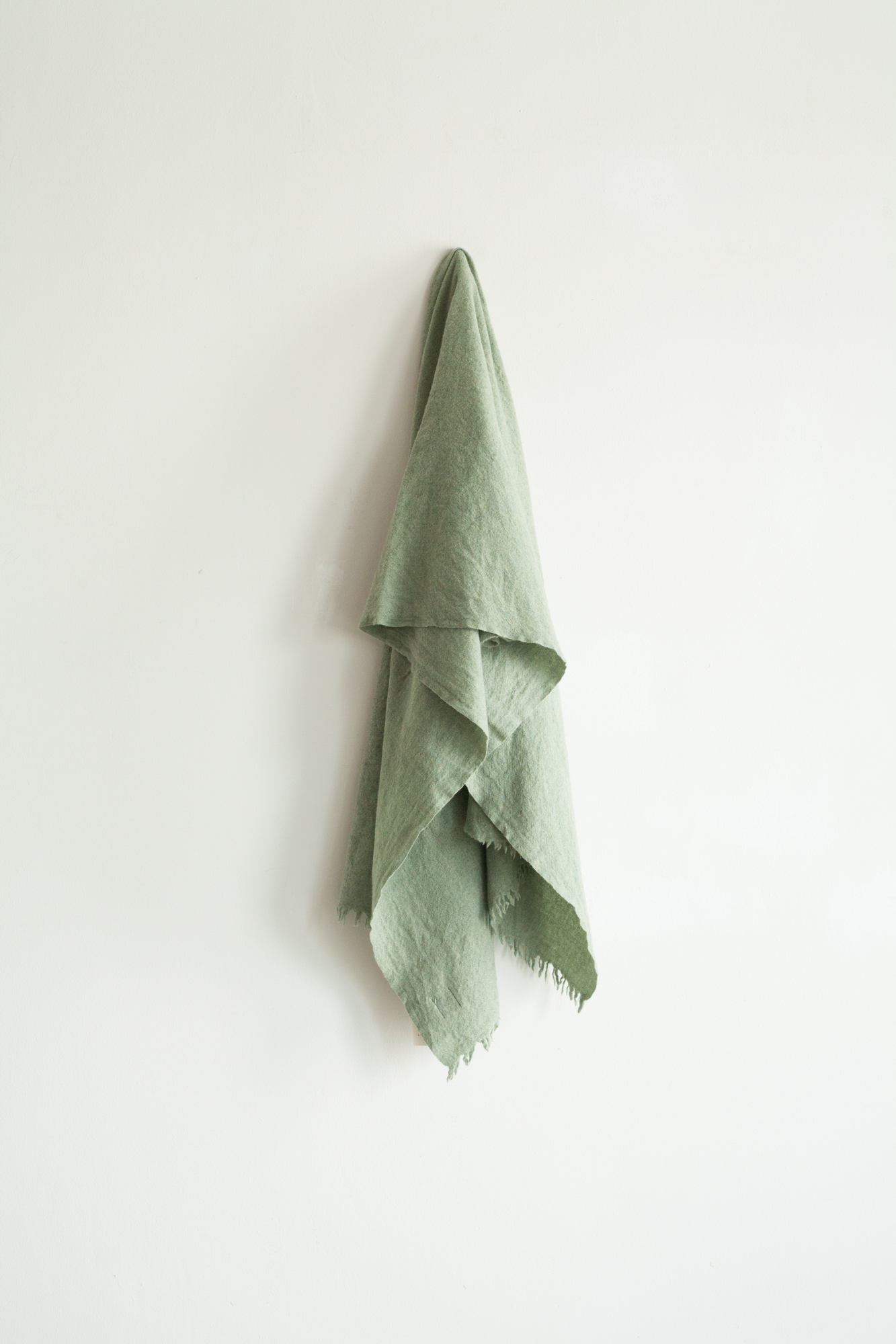 01472-3 muji semicircle cut stole / green