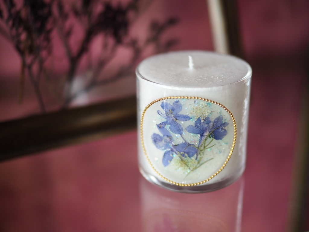 Pressed Flowers Candle 11