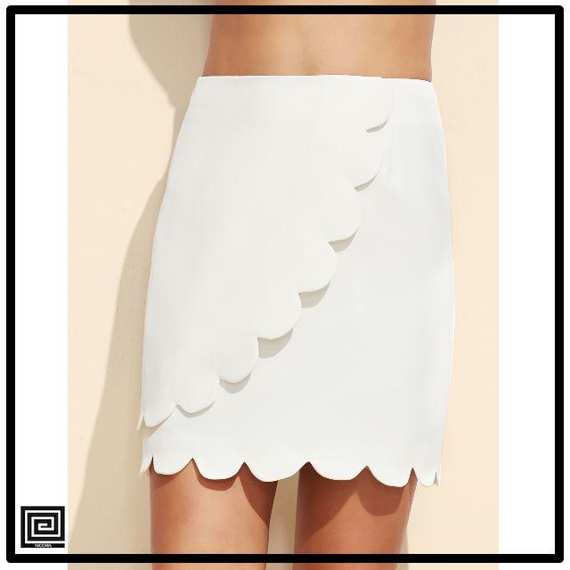 ホワイトジッパーサイドスカラップヘムスカート