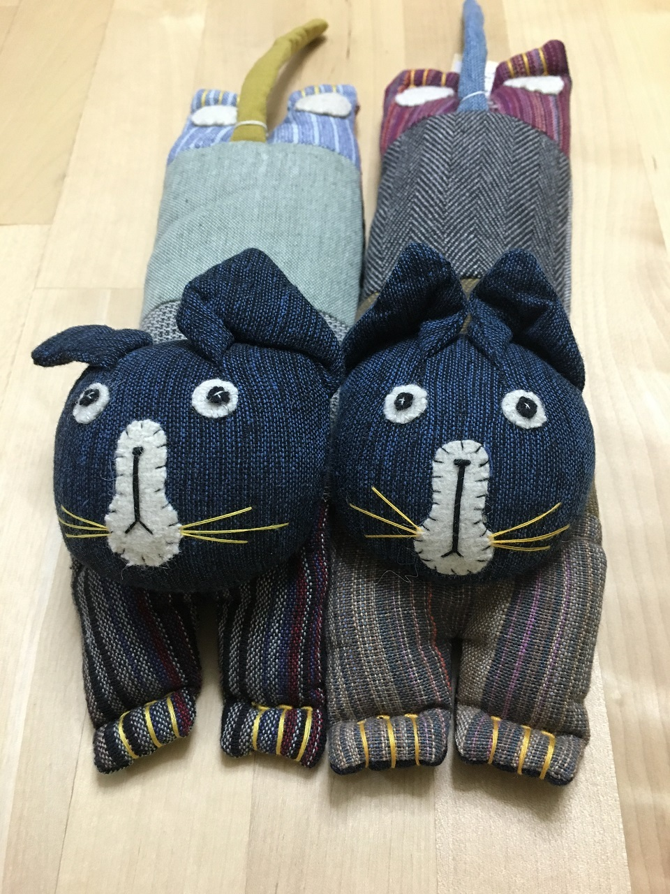 手織り布アイピロー・タマ