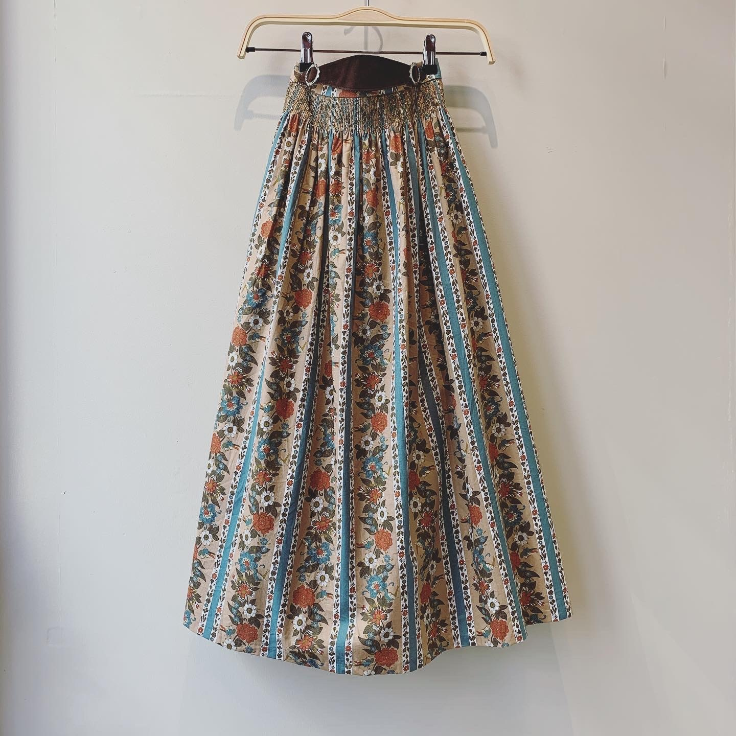 vintage flower design Euro skirt