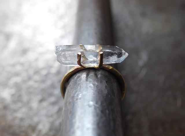 [一点物]原石のクォーツのリング