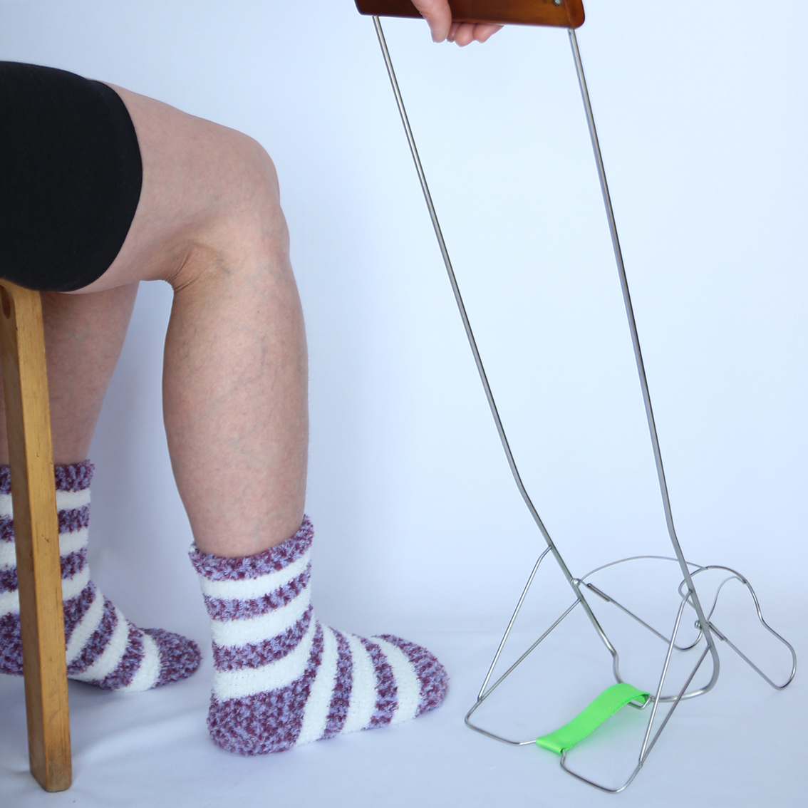 「はきやす」スタンダードタイプ(腰を曲げずに靴下が簡単に履けます!)