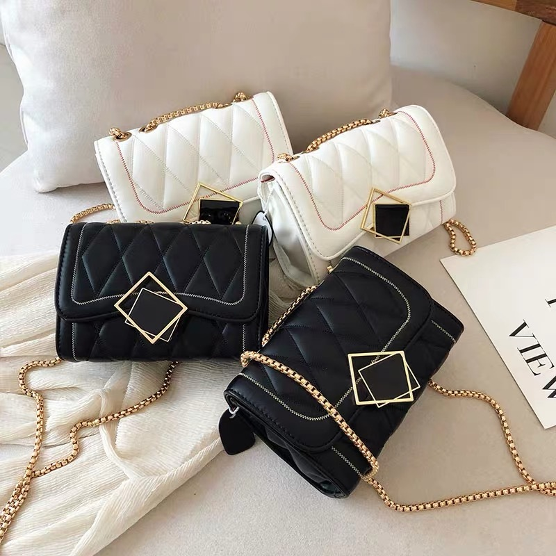square bracket bag