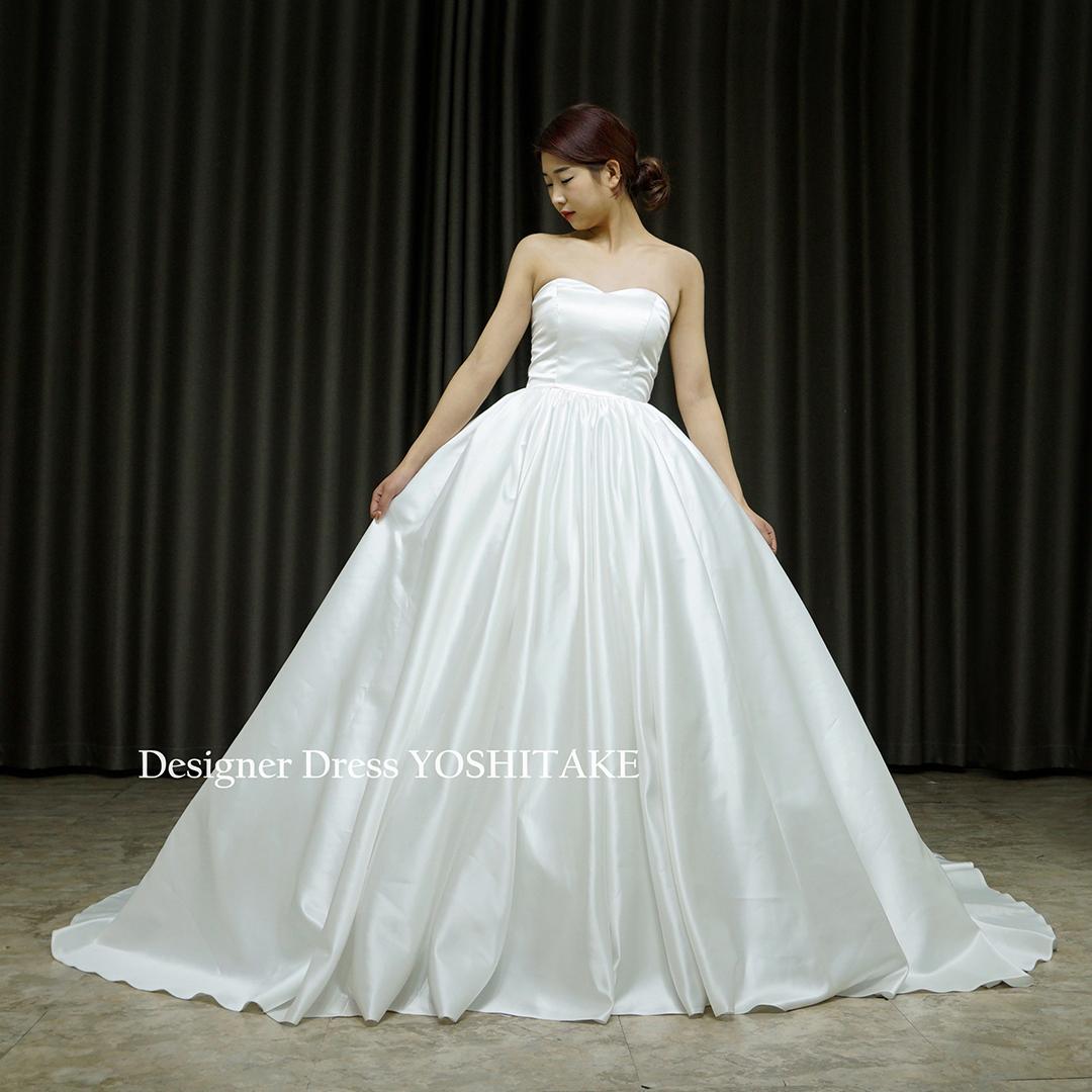 【オーダー制作】ウエディングドレス(無料パニエ) シンプルサテンプリンセスドレス(パニエ付)胸元はハートシェイプ/挙式/フォト婚※制作期間3週間から6週間