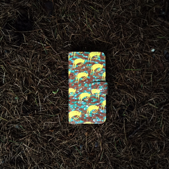 『hopping cats』 iPhoneケース【完全オーダー生産】