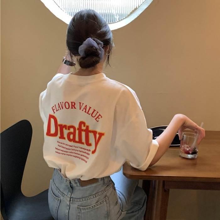 【送料無料】 華奢見えトップス♡ 大人カジュアル オーバーサイズ ビッグシルエット バックプリント ロゴ Tシャツ