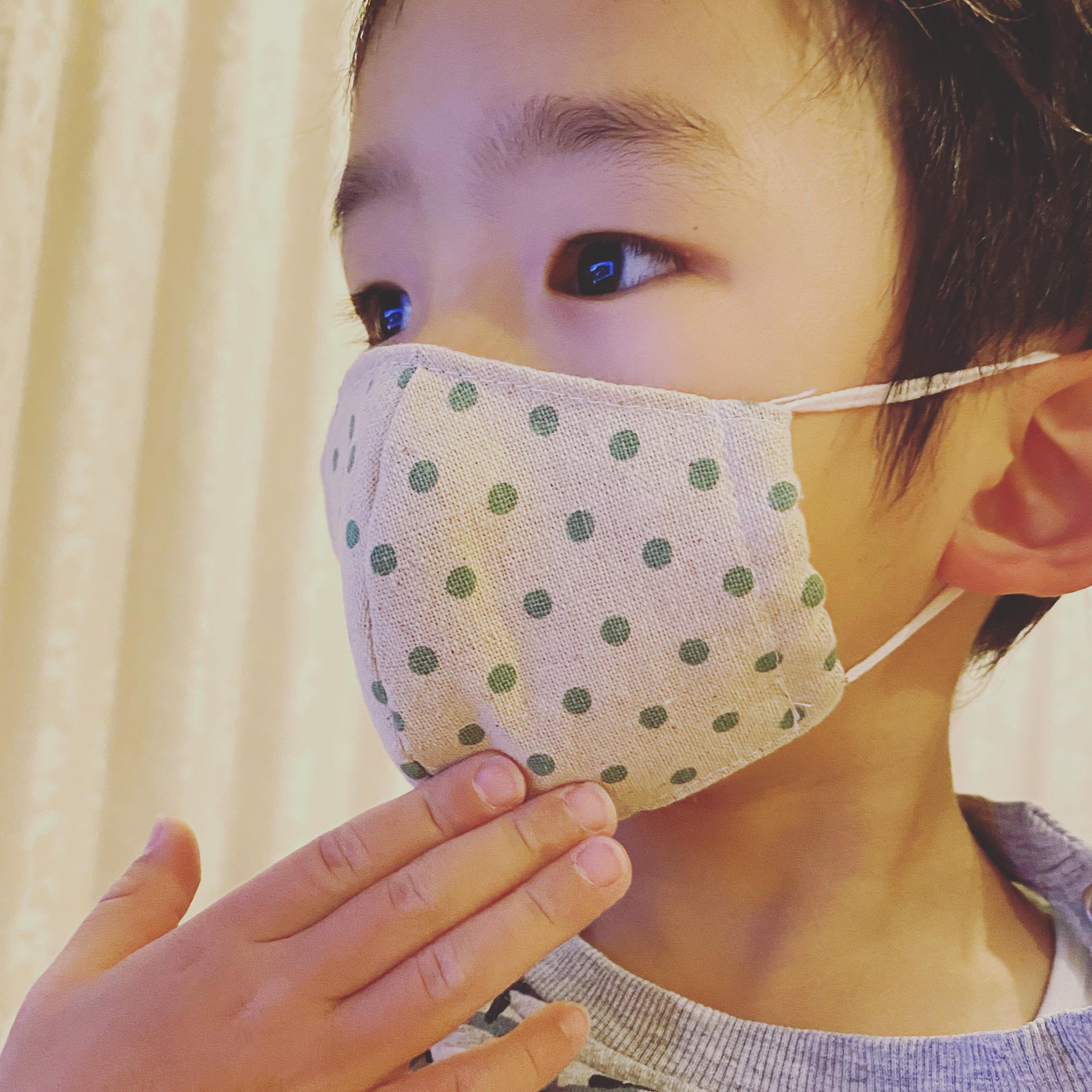 リネンの立体マスク親子セット